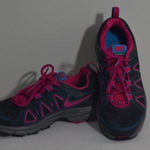 Nike Alvord 10 Gray Pink Trail Running Shoe Size 6